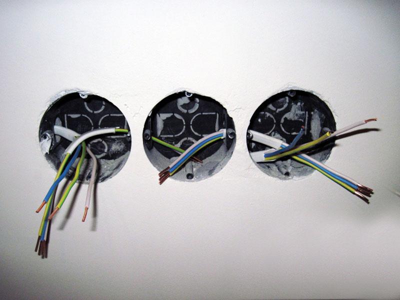 Установка розеток и выключателей в гипсокартон своими руками