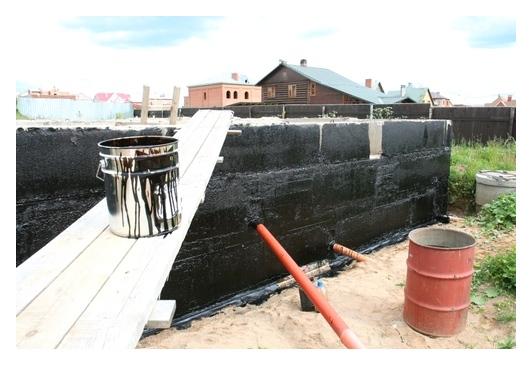 Рулонными цена фундамента гидроизоляция материалами