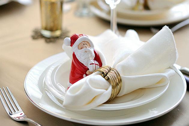 Как сложить салфетки на новогодний стол
