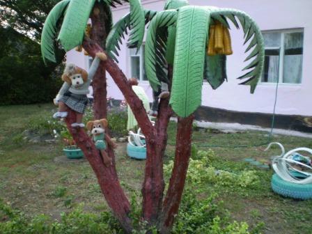 пальма из шин