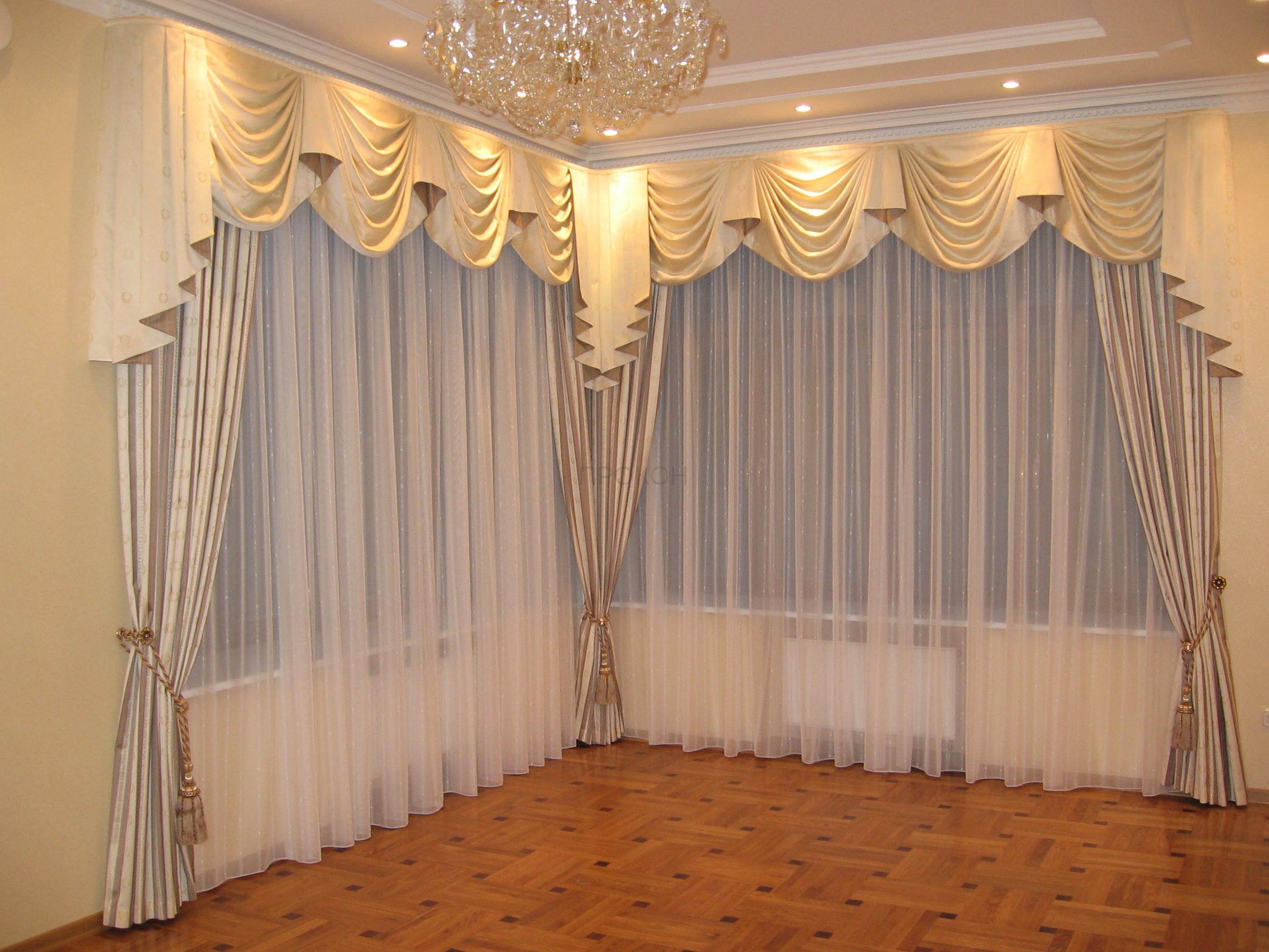 Как красиво сшить шторы в зал 81